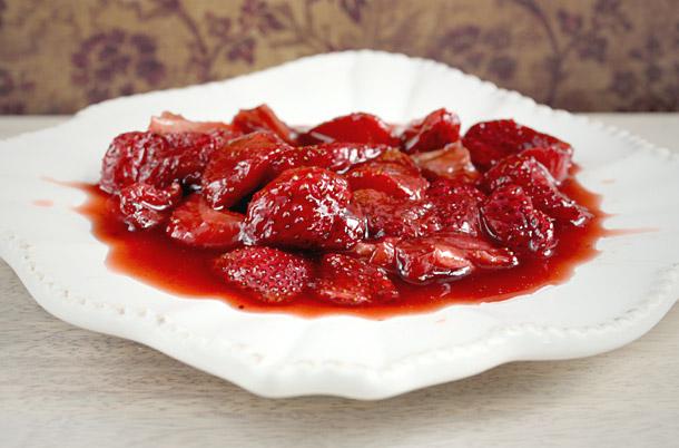 Roasted Strawberries - Leaf + Grain | Leaf + Grain