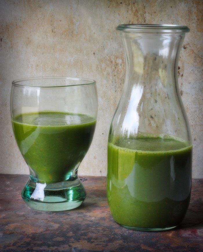healthy-snacks-green-juice