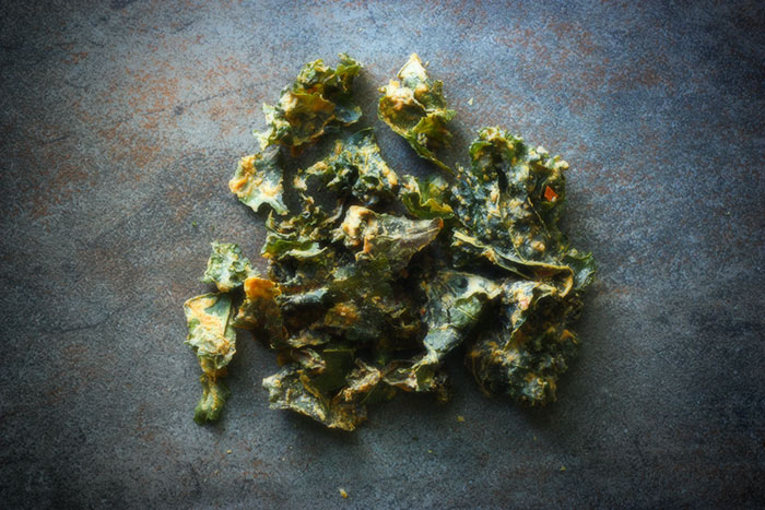 healthy-snacks-kale-chips